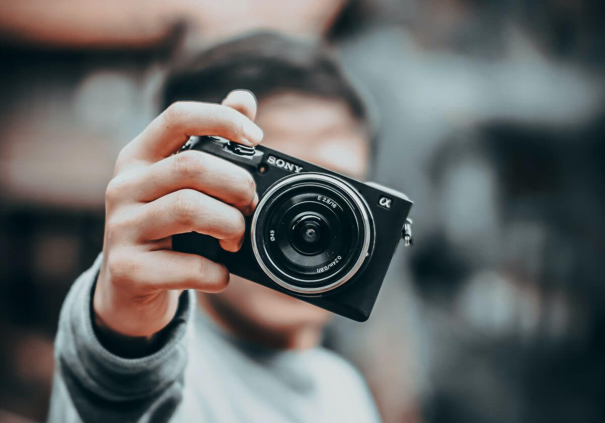 ミラーレス一眼カメラ
