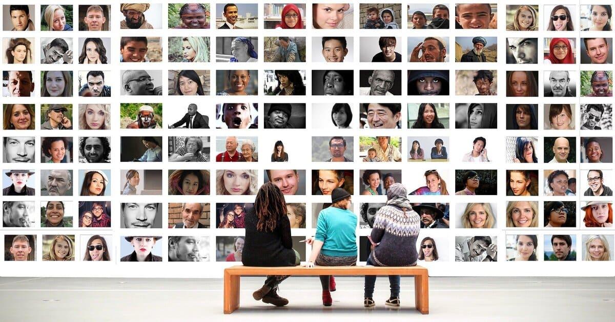 オンライン婚におすすめのショット①|オンライン集合写真