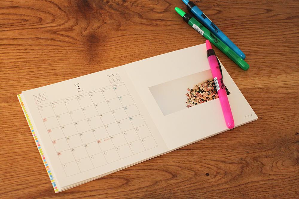 ROUGHで2015年のカレンダーをつくろう!